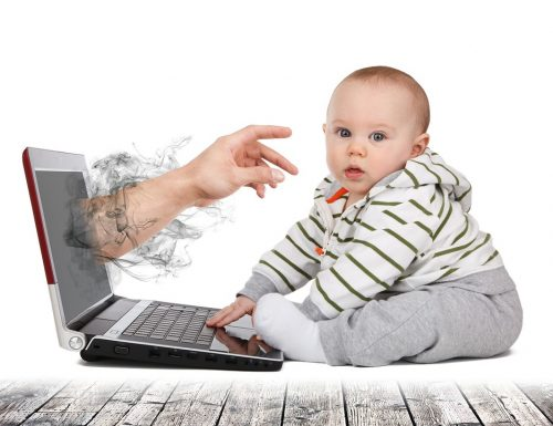 Akun Anak & Post Foto Anak di Media Sosial? Yay or Nay?