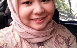 Cara Make Up Natural untuk Wanita Berhijab