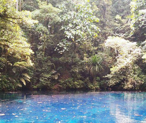 Telaga Samares Telaga Biru - Gara-gara Suami Sering Dinas ke Papua