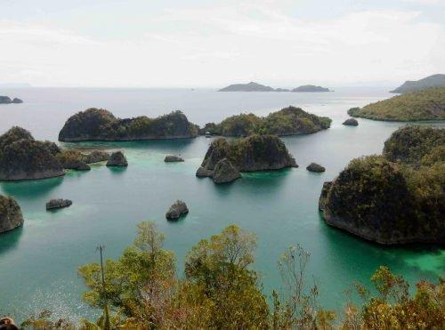 Raja Ampat - Gara-gara Suami Sering Dinas ke Papua