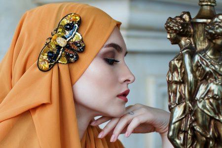 Gaya Rambut Paling Pas untuk Memakai Hijab