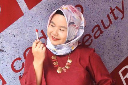 Launching Lipstick Merah Shu Uemura RD 163