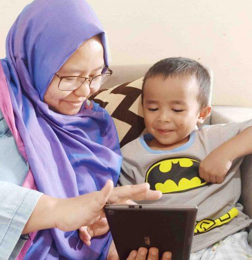 Membaca Menyenangkan dengan Anak
