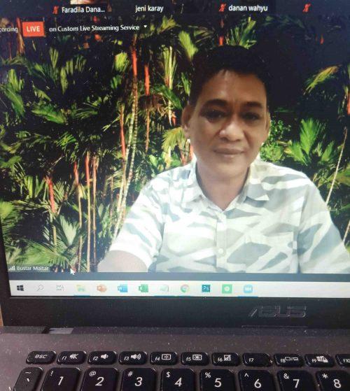 Bustar Maitar selaku CEO EcoNusa Foundation