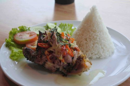 Makanan di Indigo Cafe Roasted Chicken Sambal Matah