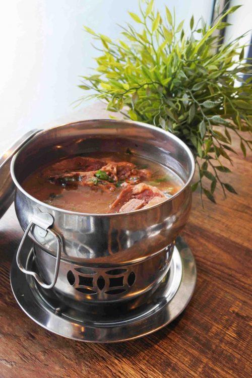 Makanan di Indigo Cafe Sop Buntut