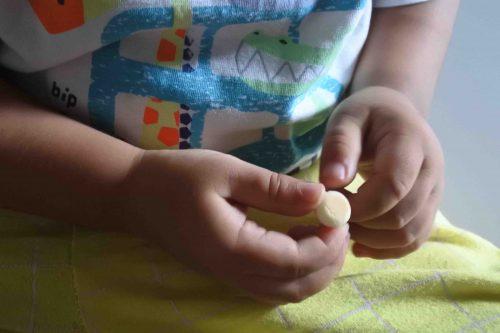Monde Boromon Cookies - 6 Aktivitas Saat Makan Untuk Melatih Motorik Anak