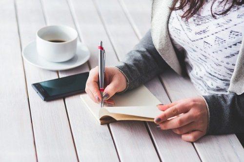 Mulai Ngeblog di Rumah? Wajib Punya Barang Ini!