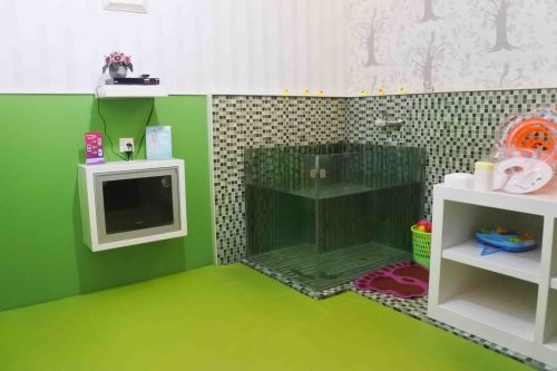 Review Baby Treatment Mom n Jo FX Sudirman