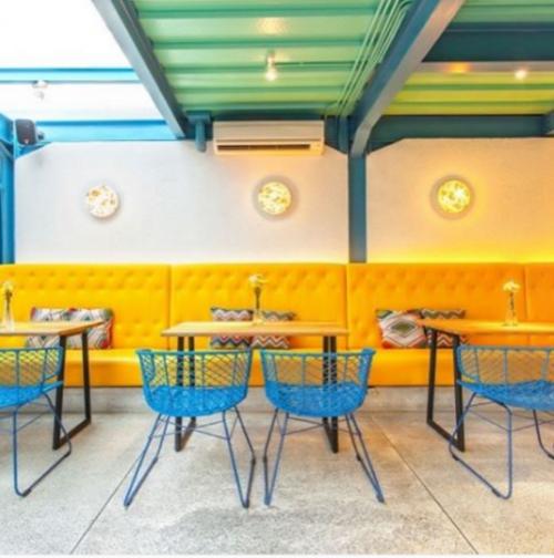 Interior Yelo Eatery Bogor