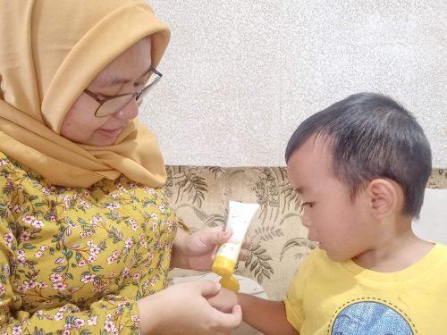 Review Mama's Choice Rash Cream – Salep Biang Keringat Bayi dan Anak