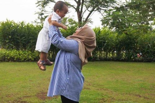 Review Mooimom Maternity and Nursing Stripe Shirt