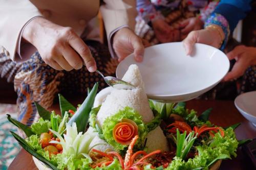 Roemah Tumpeng Bogor - Review Vendor Pengajian, Siraman & Midodareni di Bogor