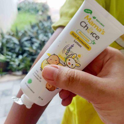 Tips Memilih Lotion Anti Nyamuk Bayi dan Anak