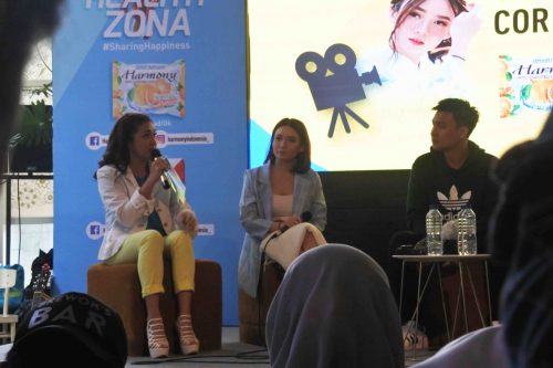 Stella Cornelia Fendy Chow - Tips & Tricks Menjadi Vlogger di Acara Launching Healthy Zona