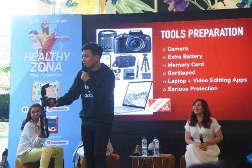 Perlengkapan Vlog - Tips & Tricks Menjadi Vlogger di Acara Launching Healthy Zona