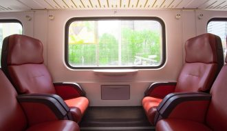 Traveling Lebih Asik dengan Naik Kereta Api