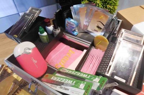 peralatan eyelash extension Cantik dari Rumah Bersama Z Beauty (Plus Pricelist!)